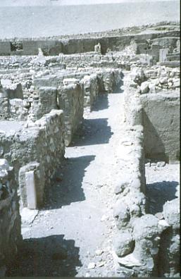 Gasse in Deir el-Medina